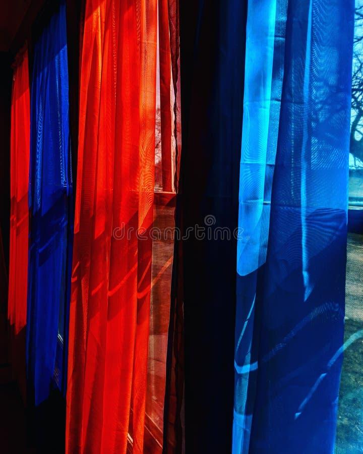 cortinas fotos de archivo