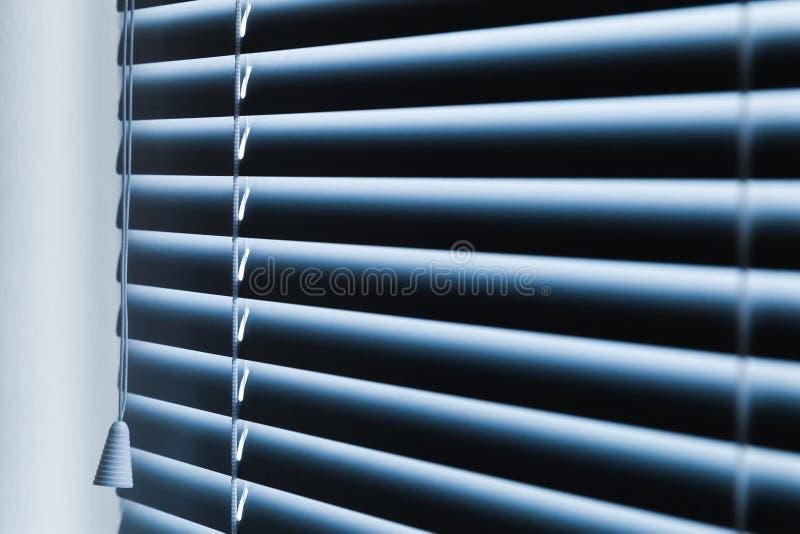 Cortinas de nova janela horizontais fechados fotos de stock royalty free