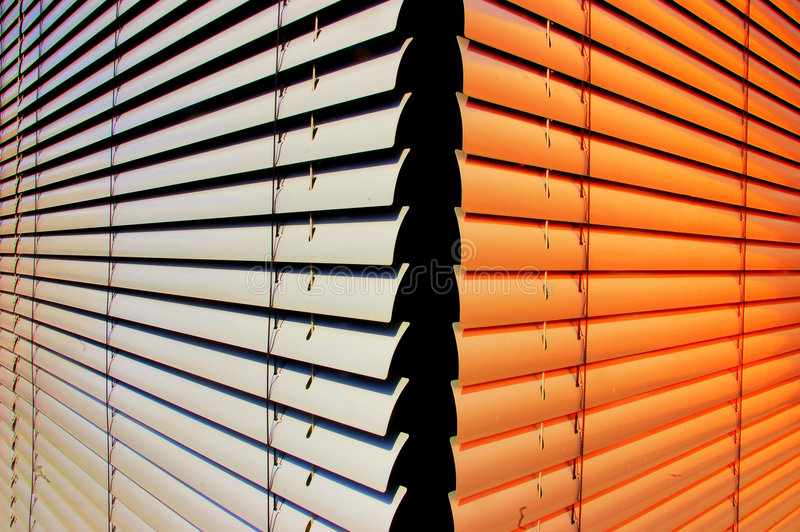 Cortinas do obturador fotografia de stock royalty free