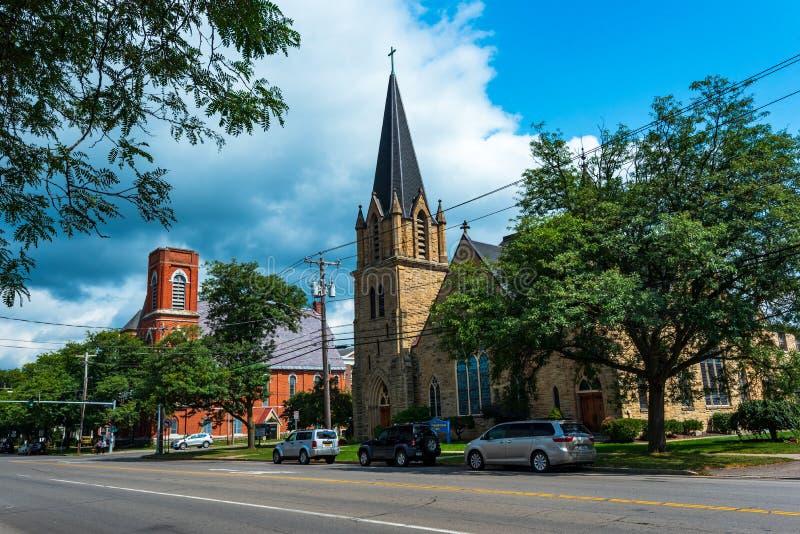 Cortland NY: Corthouse parkerar arkivfoton