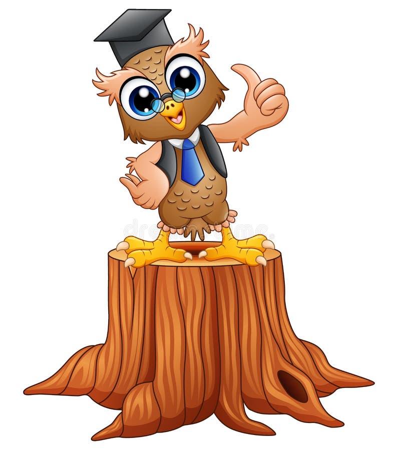 Coruja sábia dos desenhos animados no tampão da graduação no coto de árvore ilustração do vetor