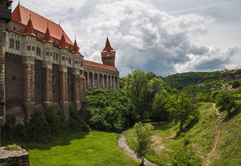 Corvin slott i Hunedoara, Rumänien fotografering för bildbyråer
