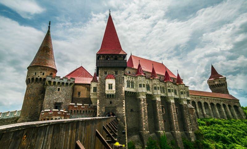 Corvin slott i Hunedoara, Rumänien royaltyfria bilder
