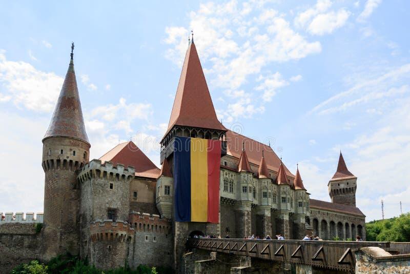 Corvin slott, också som är bekant som den Hunyadi slotten i Hunedoara, Rumänien arkivbilder