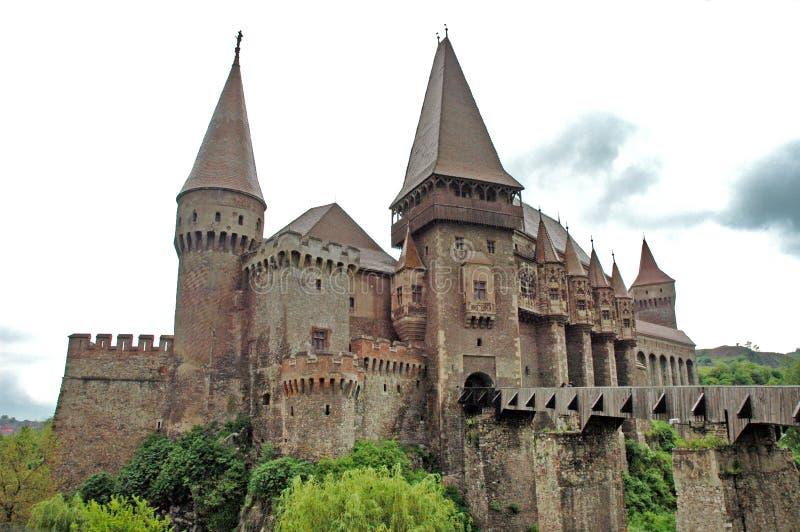 Corvinestilor-Schloss, Hunedoara, Rumänien lizenzfreie stockfotografie
