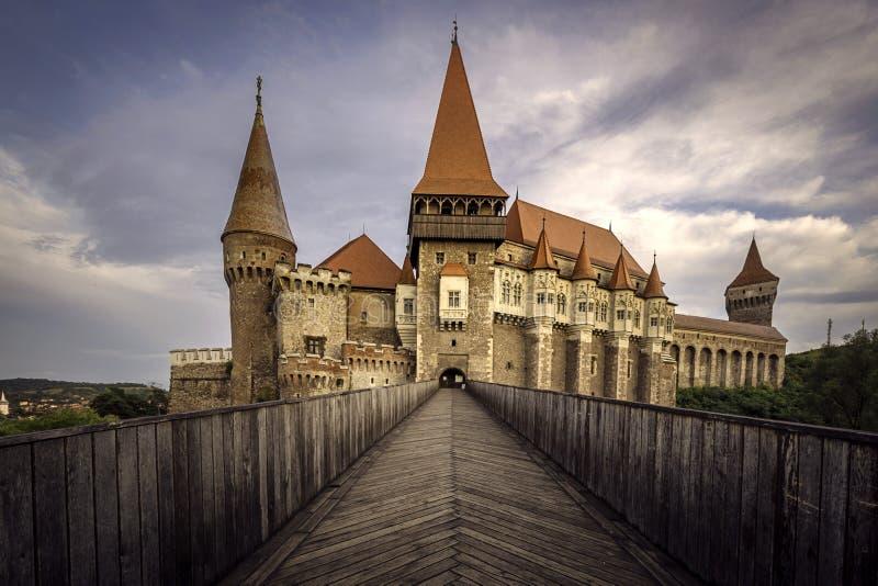 Corvinkasteel of Hunyad-Kasteel, Hunedoara, Roemenië, 18 Augustus, 2016 stock foto
