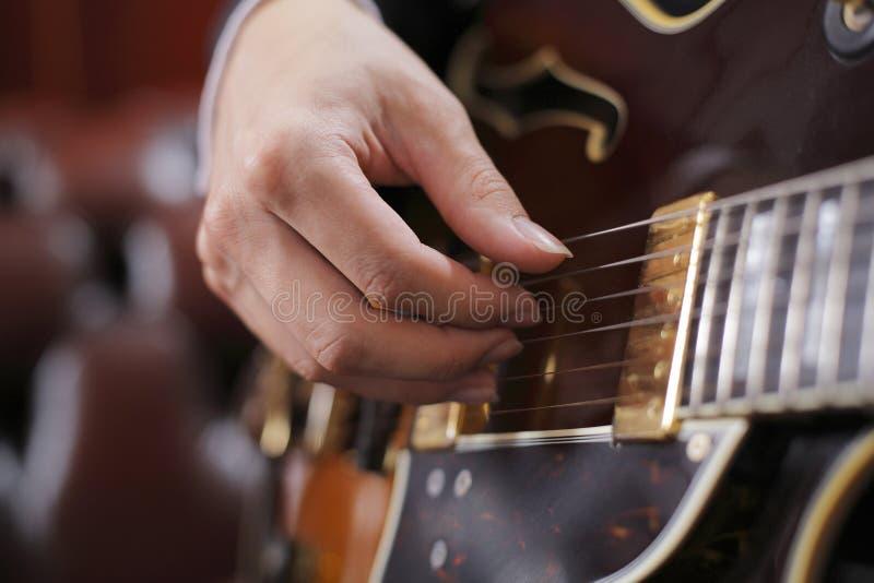 Cosecha de la guitarra fotos de archivo