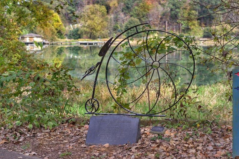 Coshocton, Ohio roweru rzeźba fotografia stock