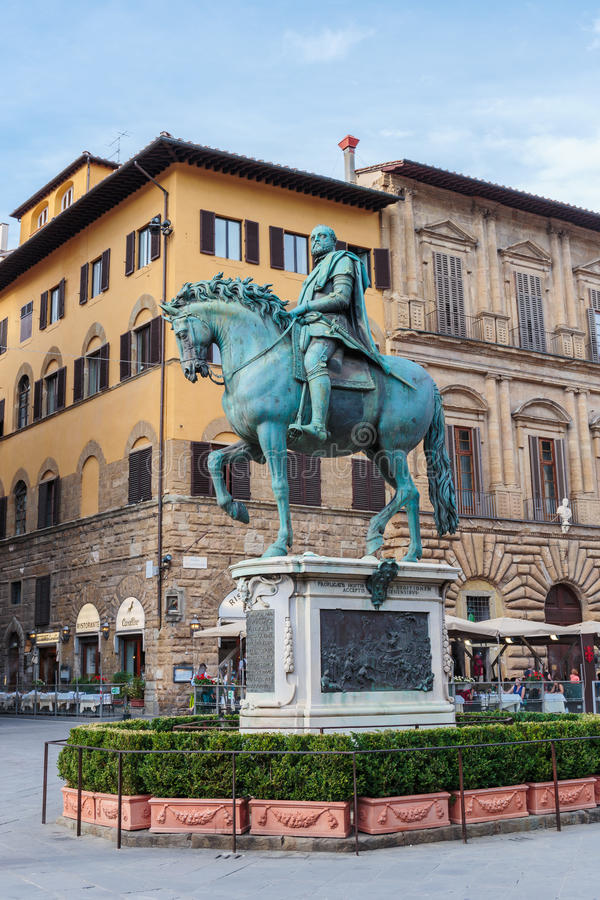 Cosimo I de Medici雕象在佛罗伦萨,意大利 免版税库存图片