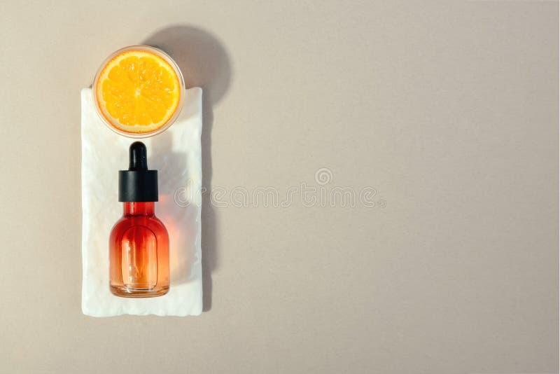 Cosmético natural com vitamina C Conceito dos cuidados m?dicos da beleza da pele Bio produto org?nico Fundo saud?vel foto de stock