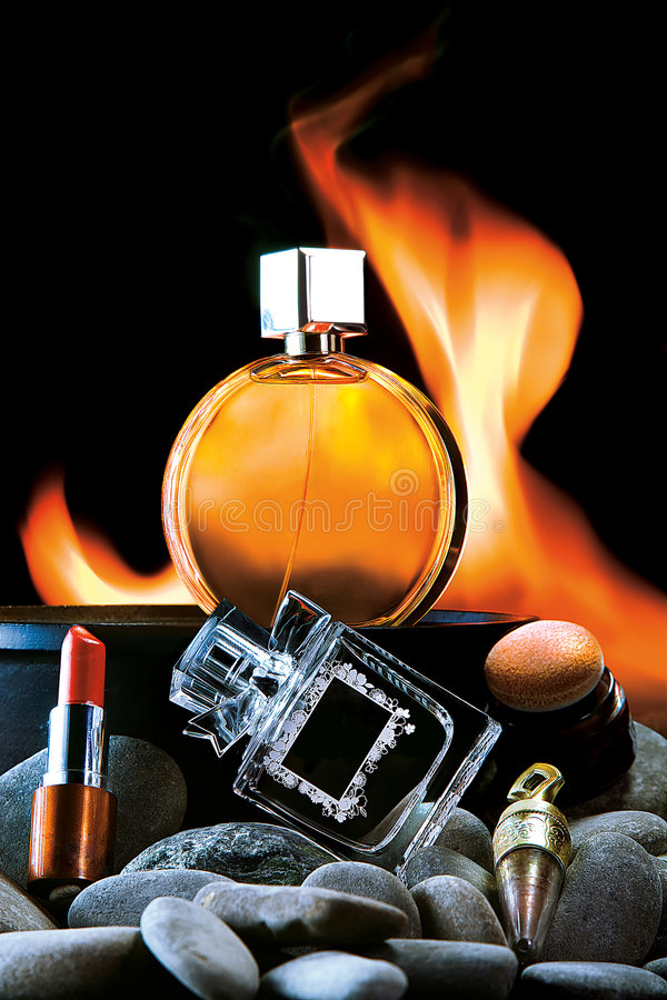 Cosméticos e perfumes fotos de stock royalty free