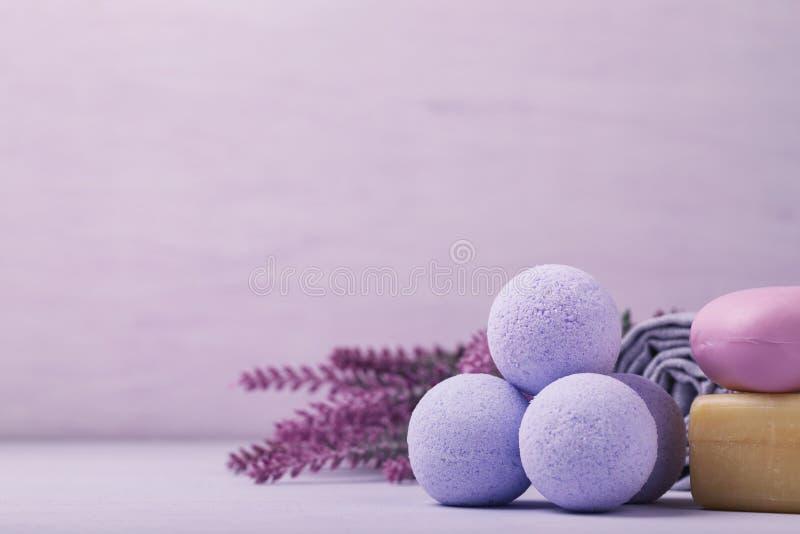 Cosmétique pour des soins de la peau, sel effervescent image libre de droits