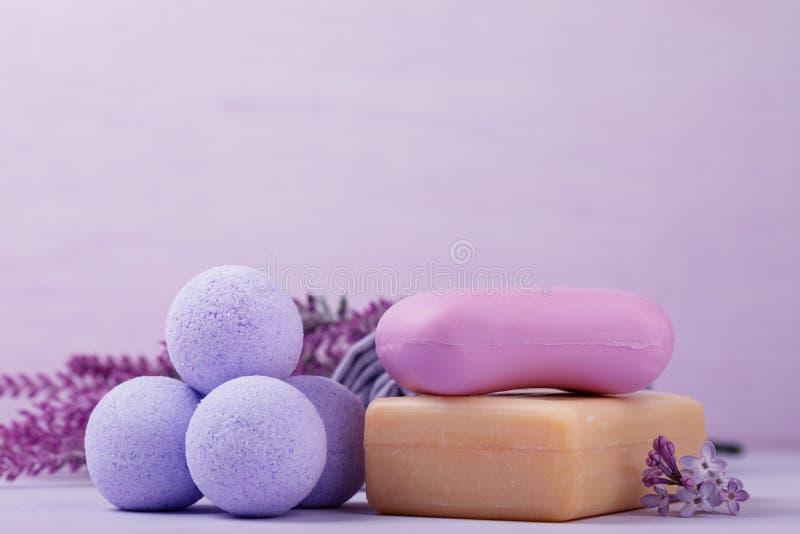 Cosmétiques pour des soins de la peau, sel effervescent photo stock