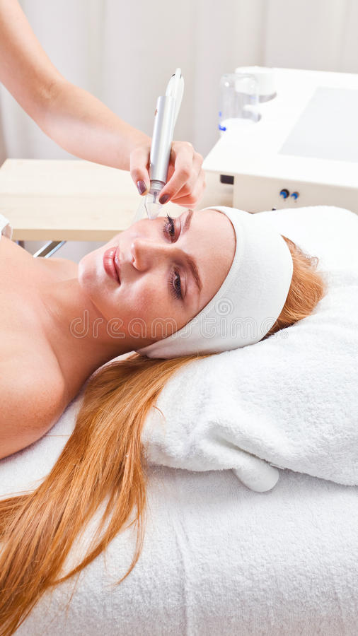 Download Cosmetic Procedures In Spa Clinic Stock Photo - Image: 27068804