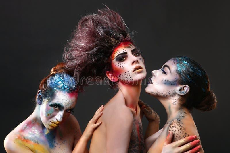 Cosmetici creativi sulle belle donne immagini stock libere da diritti