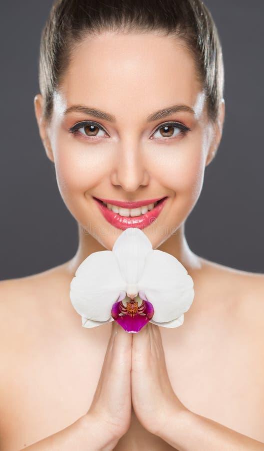 Cosmetici splendidi castana immagini stock