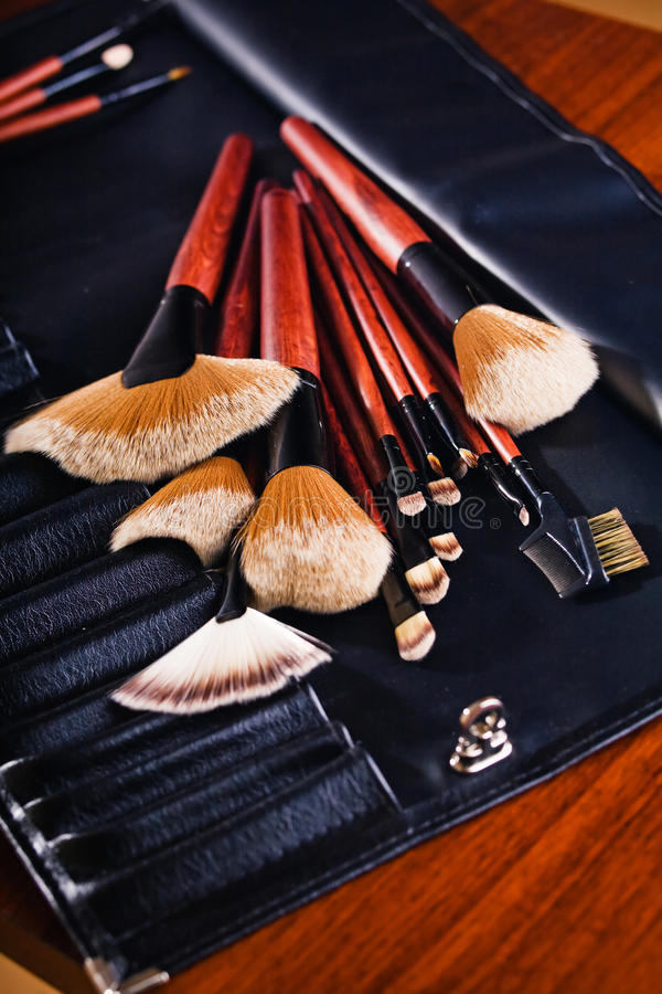 Free Cosmetics Brushes Stock Photography - 13730552