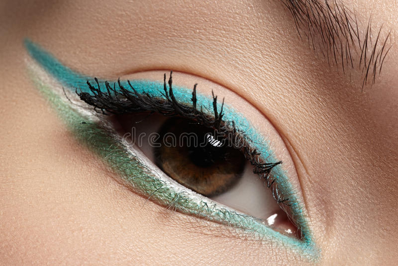 Download Cosmetics, Macro Eye Make-up. Fashion Mint Shadows Stock Photo - Image: 28963910