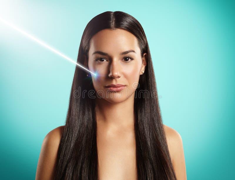 Cosmetologia ou cirurgia do laser fotografia de stock