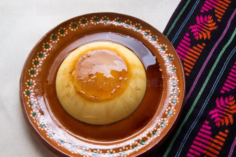 Cospel mexicano con caramelo imagen de archivo libre de regalías