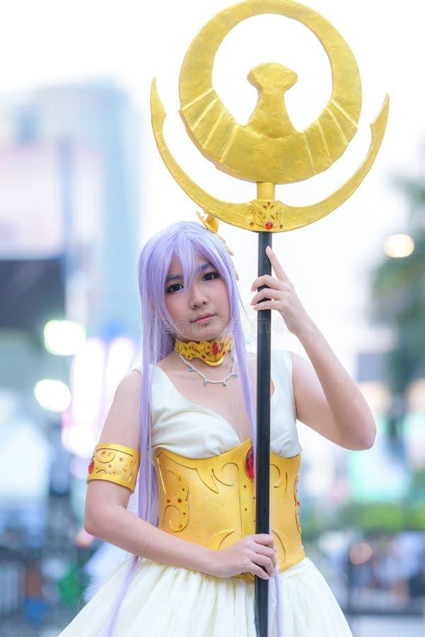 Cosplayer como caráteres Athena de Saint Seiya fotografia de stock