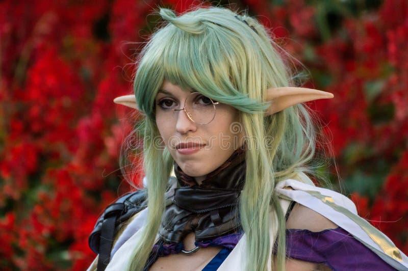 Cosplayer ubierał up jako elf przy Lucca komiczkami 2016 fotografia royalty free