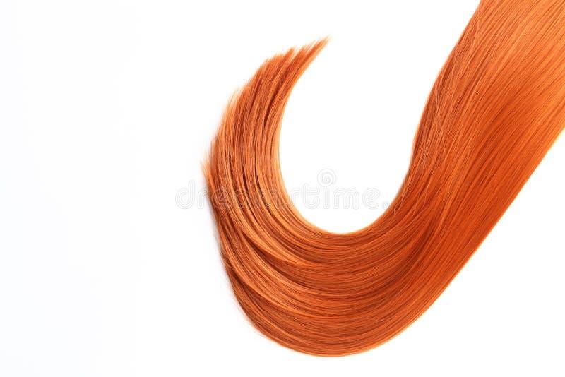 Costa bonita do cabelo vermelho reto na vista branca, superior Serviço do cabeleireiro imagem de stock royalty free