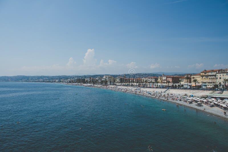 Costa costa colorida - Niza, Francia imágenes de archivo libres de regalías