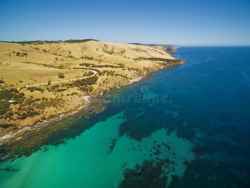 Costa costa de la isla del canguro cerca de la opinión aérea de la playa de Snelling, del sur fotografía de archivo libre de regalías