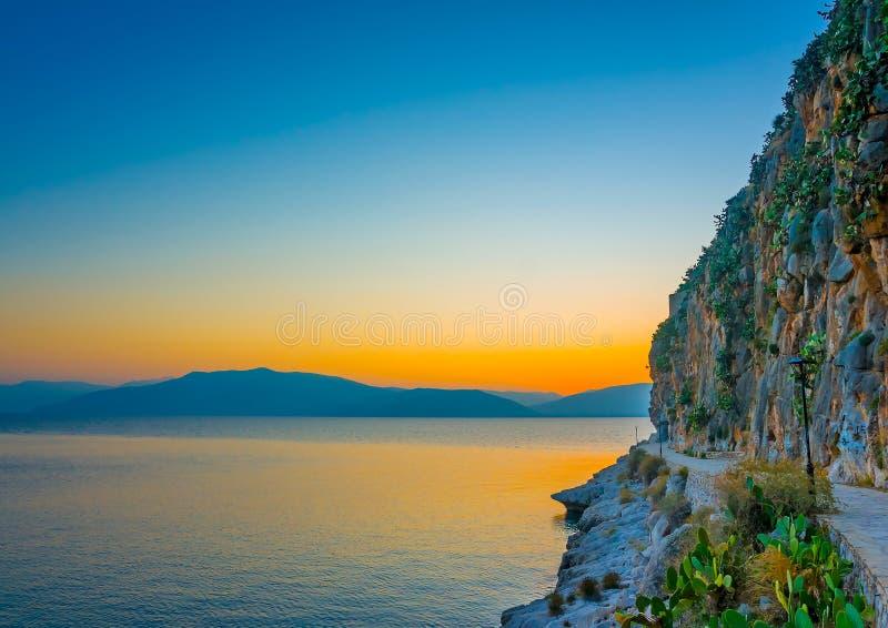 Costa costa de Nafplio imagen de archivo libre de regalías