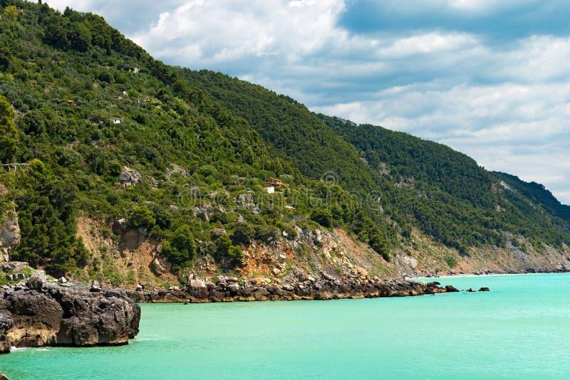 Costa costa en el golfo del La Spezia - Liguria Italia imagen de archivo libre de regalías
