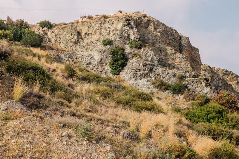 Costa costa y prados Chipre foto de archivo libre de regalías