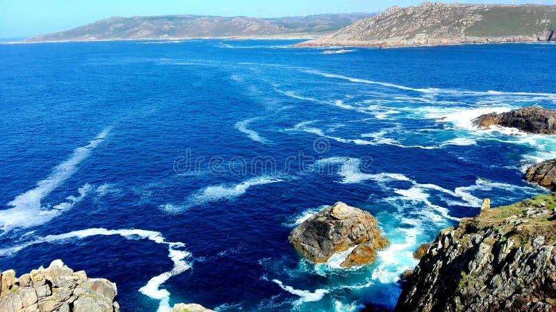 Costa da Espanha de Galiza da península ibérica noroeste de região litoral da morte uma extremidade de Coruña Finisterre da estr foto de stock