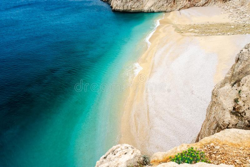Costa da praia, do Lycia de Kaputas e mar Mediterrâneo em Kas, Kalkan, Antalya, Turquia Maneira de Lycian Conceito do verão e do  imagens de stock royalty free
