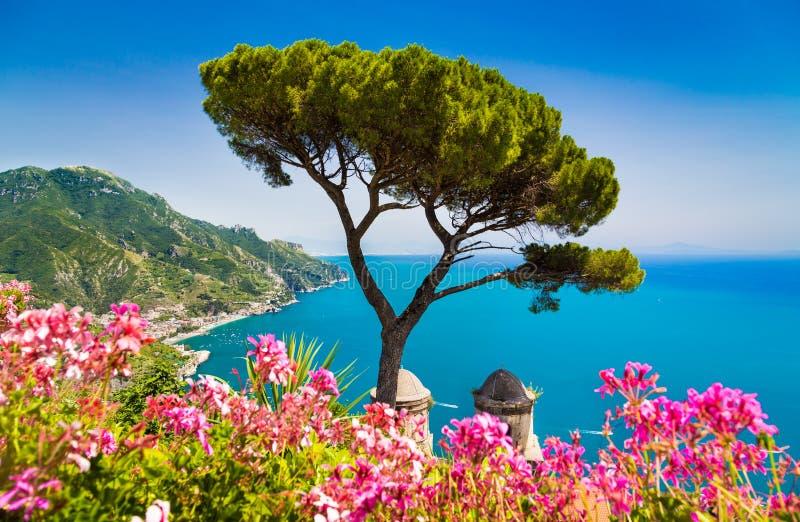 Costa de Amalfi, Campania, Itália fotos de stock royalty free