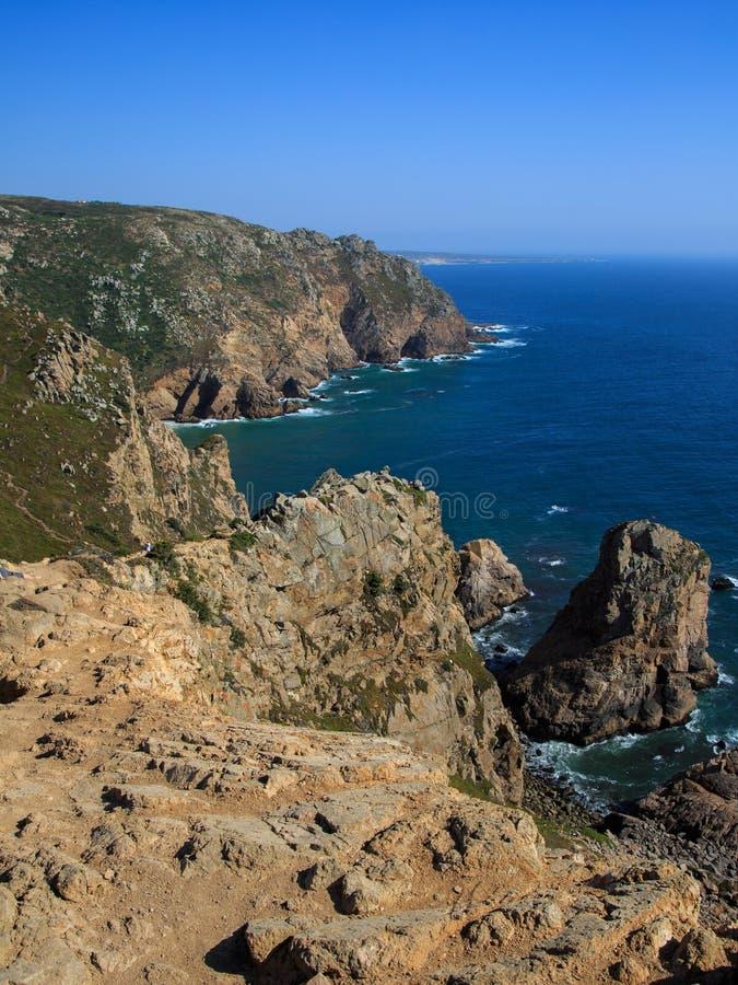 Costa costa de Cabo DA Roca, el punto occidental de Europa, Portugal imagenes de archivo