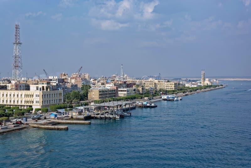 Costa de Fuad Suez Canal del puerto, Egipto foto de archivo