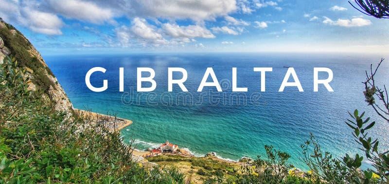 Costa de Gibraltar em clima ensolarado foto de stock royalty free