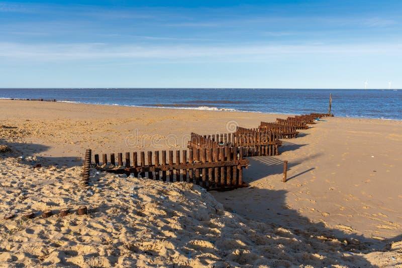Costa de Mar del Norte en el Caister-en-mar, Norfolk, Inglaterra, Reino Unido foto de archivo libre de regalías