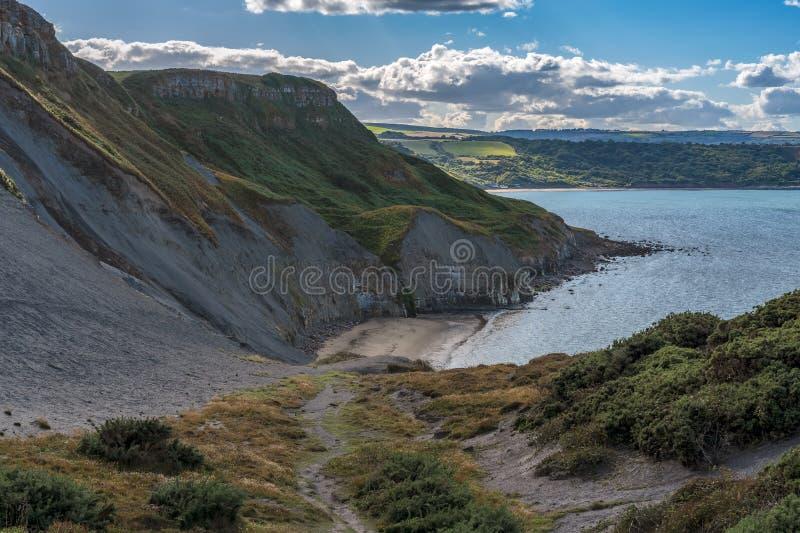 Costa de Mar do Norte em Kettleness, Inglaterra, Reino Unido imagem de stock royalty free