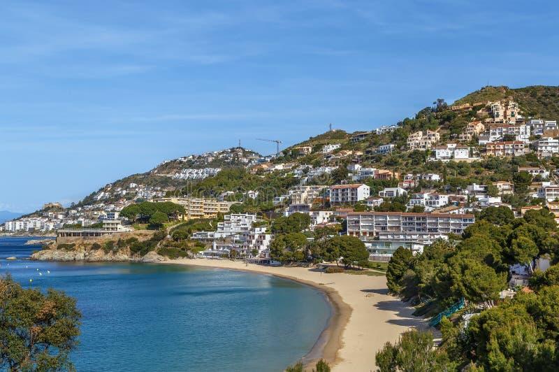 Costa de mar na área das rosas, Espanha fotos de stock