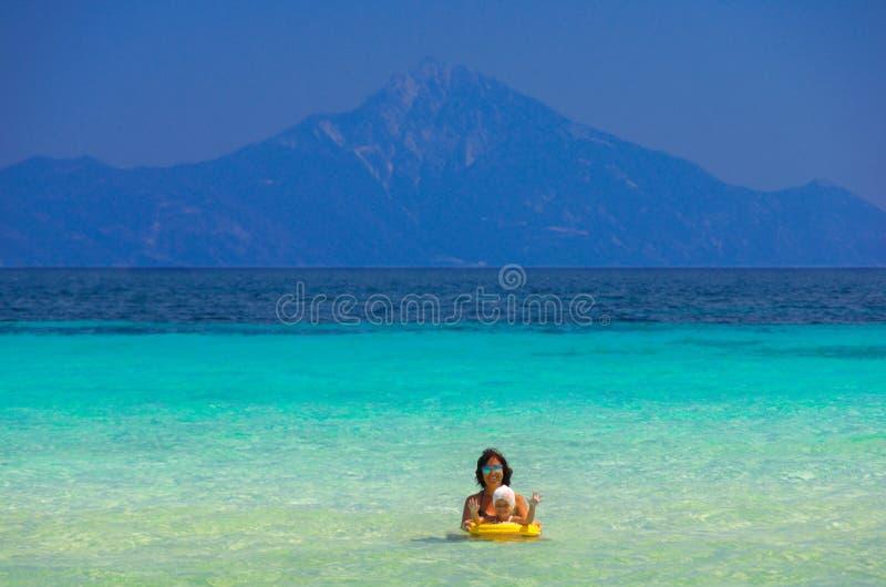 Costa de mar no verão fotografia de stock royalty free