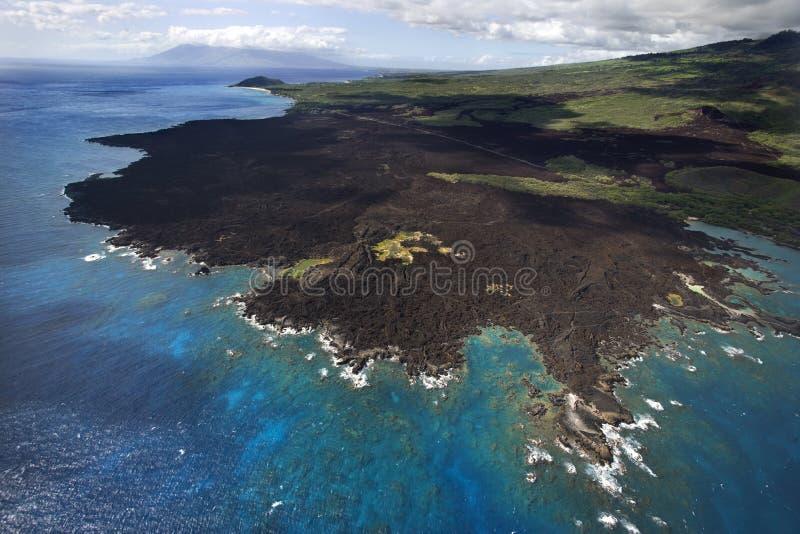 Costa de Maui com rochas da lava. imagens de stock royalty free
