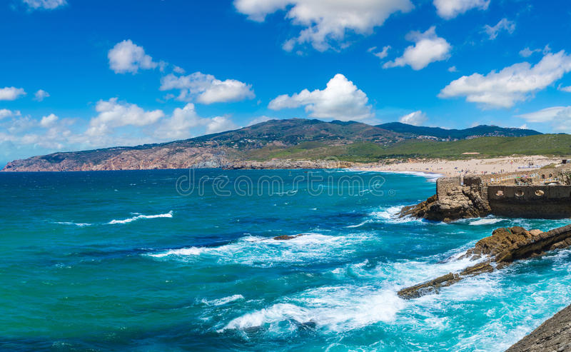 Costa de Oceano Atlântico em Portugal fotografia de stock royalty free