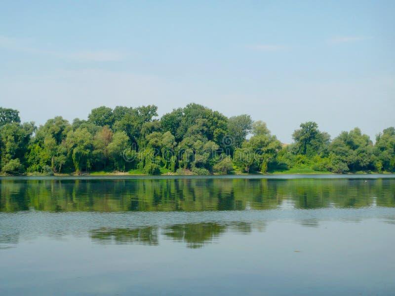 Costa del fiume fotografia stock