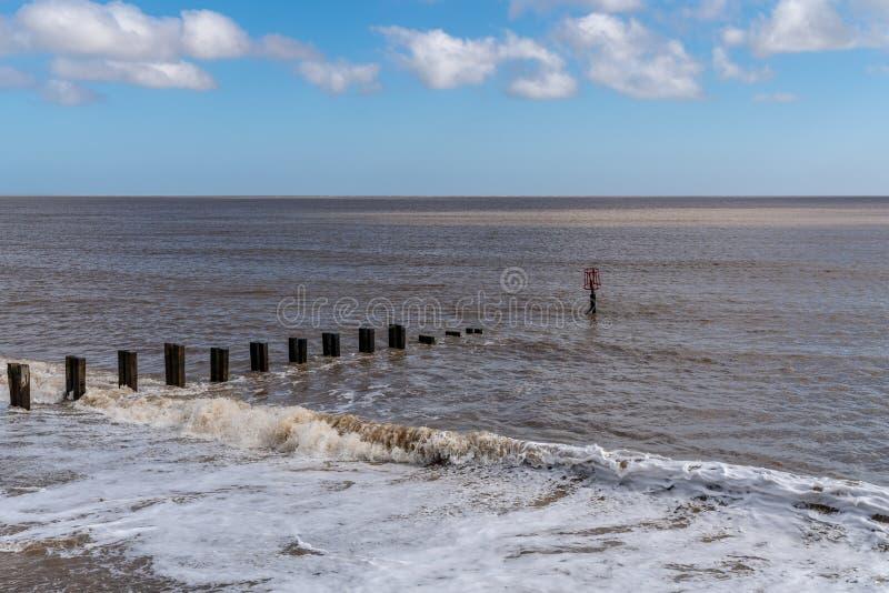 Costa del Mare del Nord in Gorleston-su-mare, Norfolk, Inghilterra, Regno Unito immagini stock libere da diritti