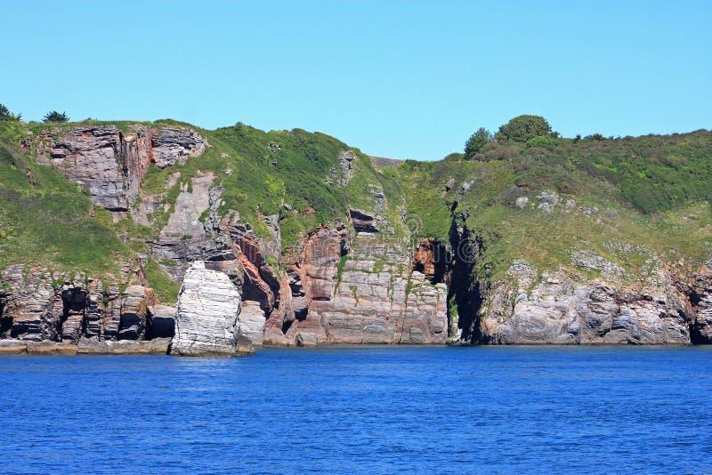 Download Costa del sur de Devon imagen de archivo. Imagen de cueva - 41900653
