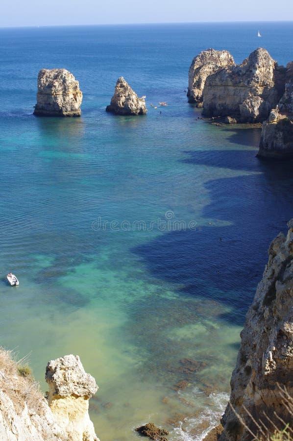 Costa di Algarve a Praia da Balança fotografia stock
