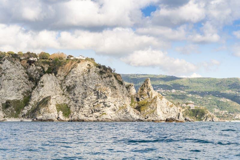 Costa di Tropea, provincia di Vibo Valentia, Calabria fotografie stock libere da diritti