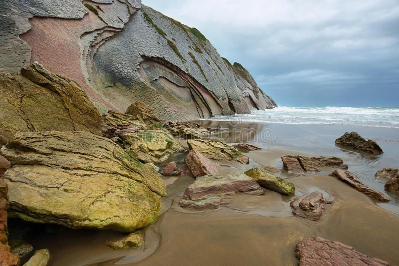 Costa do Flysch em Zumaia, país Basque, Espanha fotos de stock royalty free